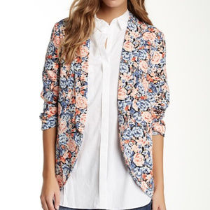 LUSH Blue Coral Floral Bed Jacket Blazer